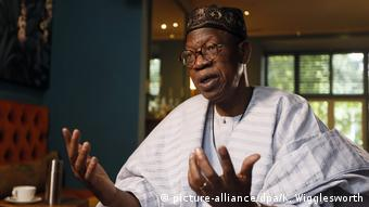 Nigeria's information minister Lai Mohammed (picture-alliance/dpa/K. Wigglesworth)