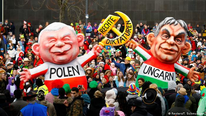Orban and Kaczynski carnival float in Dusseldorf (Reuters/T. Schmuelgen)