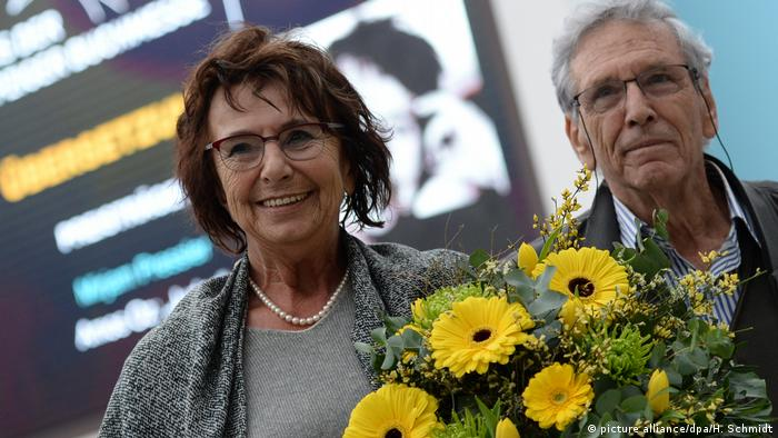 Israel - writer Amos Oz together with Mirijam Pressler at the Leipzig Book Fair (picture alliance / dpa / H. Schmidt)