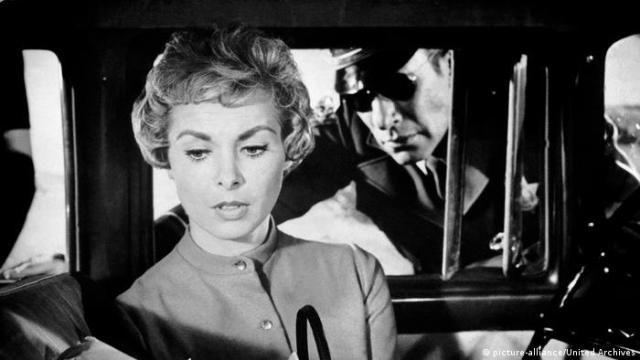 Film still PSYCHO with Janet Leigh (picture-alliance/United Archives)