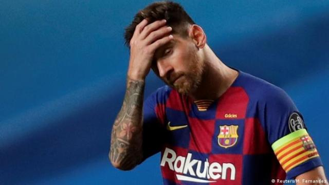 A distraught Lionel Messi at fulltime.