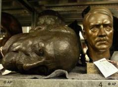 A Hitler bust on a shelf in the German Historical Museum's depositoryPhoto: AP