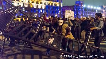 Protestas contra la desaparición de los 43 estudiantes de Iguala.