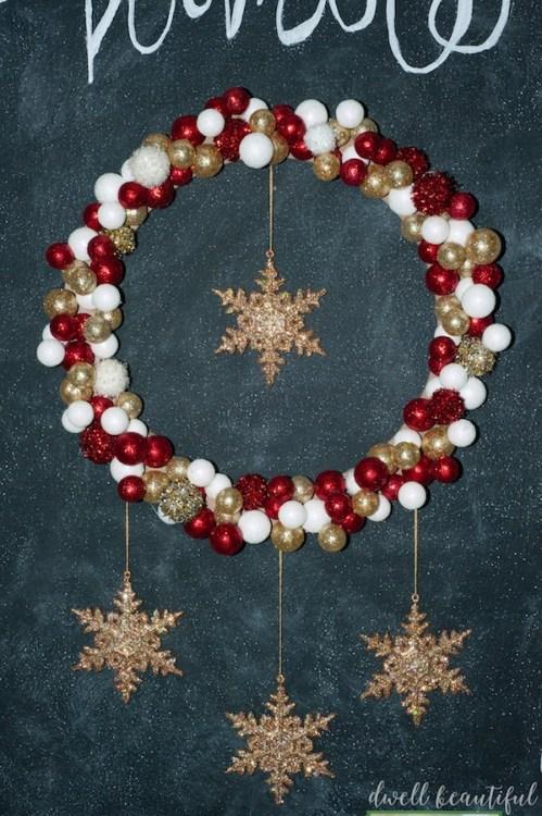 DIY Monthly Challenge: Christmas Wreath