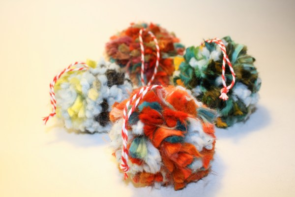 DIY: PomPom Christmas Ornaments