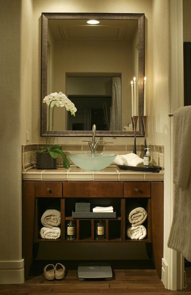 Small Bathroom 10