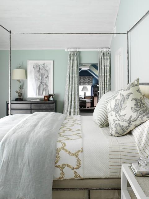 beach-style-bedroom (2)