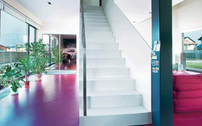 white-themed-beautiful-staircases