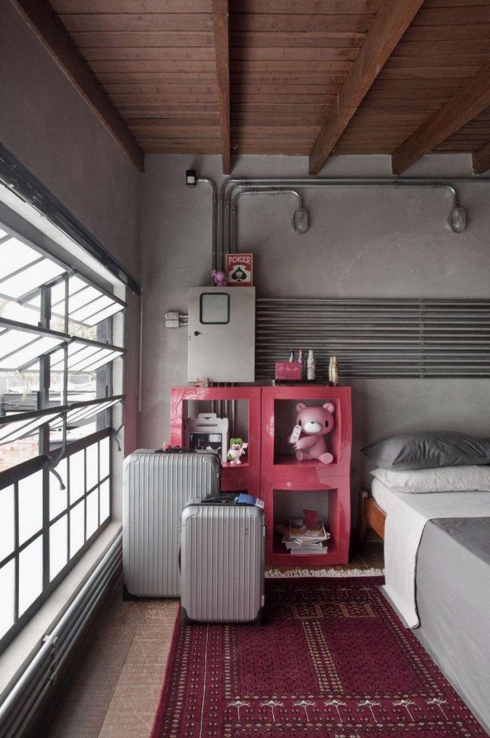 Bright-Industrial-Brdeoom-Design-Ideas-with-Red-Storage