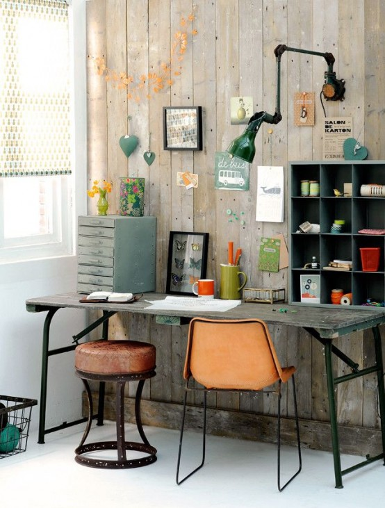 Industrial-Home-Office-Designs-With-wooden-desk-and-chair-and-wall-lamp-design