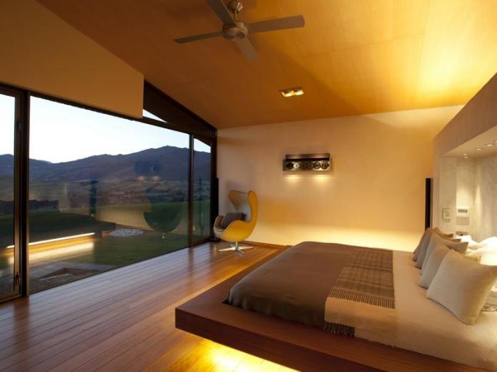 antique-outstanding-bedroom-design-platform-bed