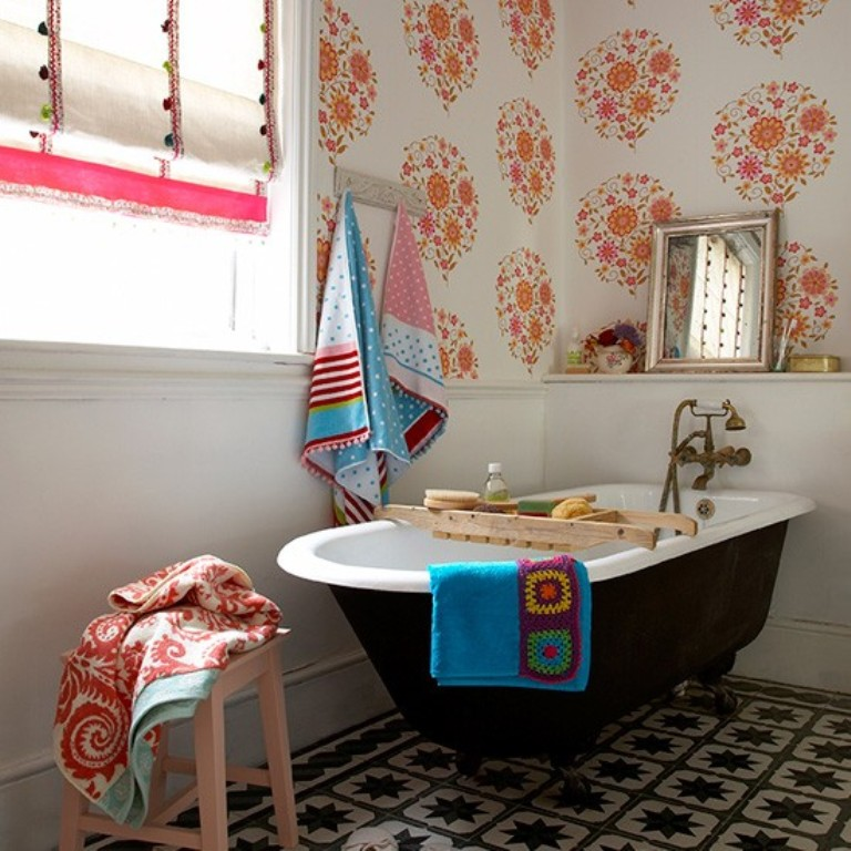 Vivacious-Eclectic-Bathroom