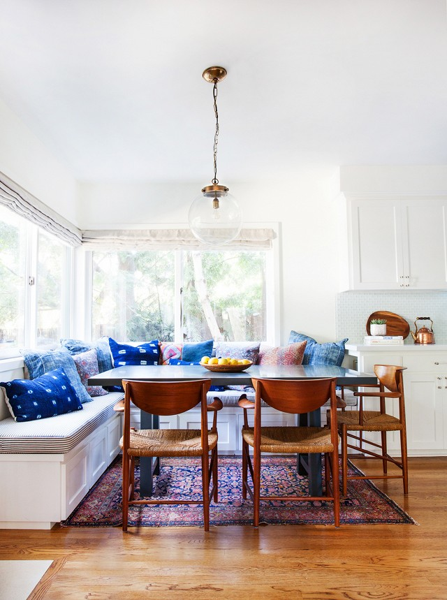 banquette-dining-eating-nook-amber-interiors