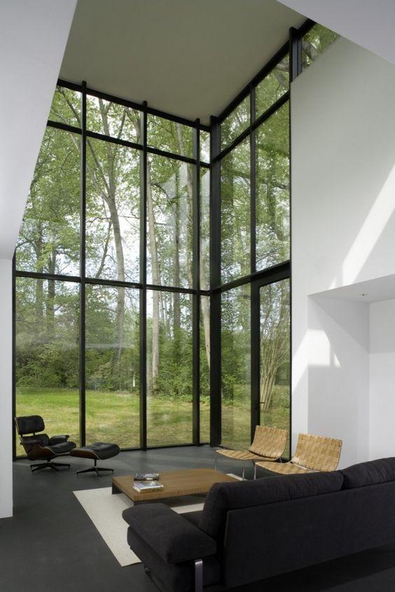 Black and white high ceiling livng room