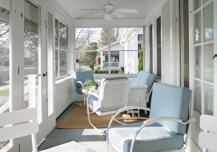 Graceful Porch Beach design