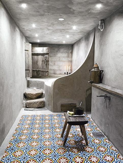 glamorous-moroccan-luxury-bathroom