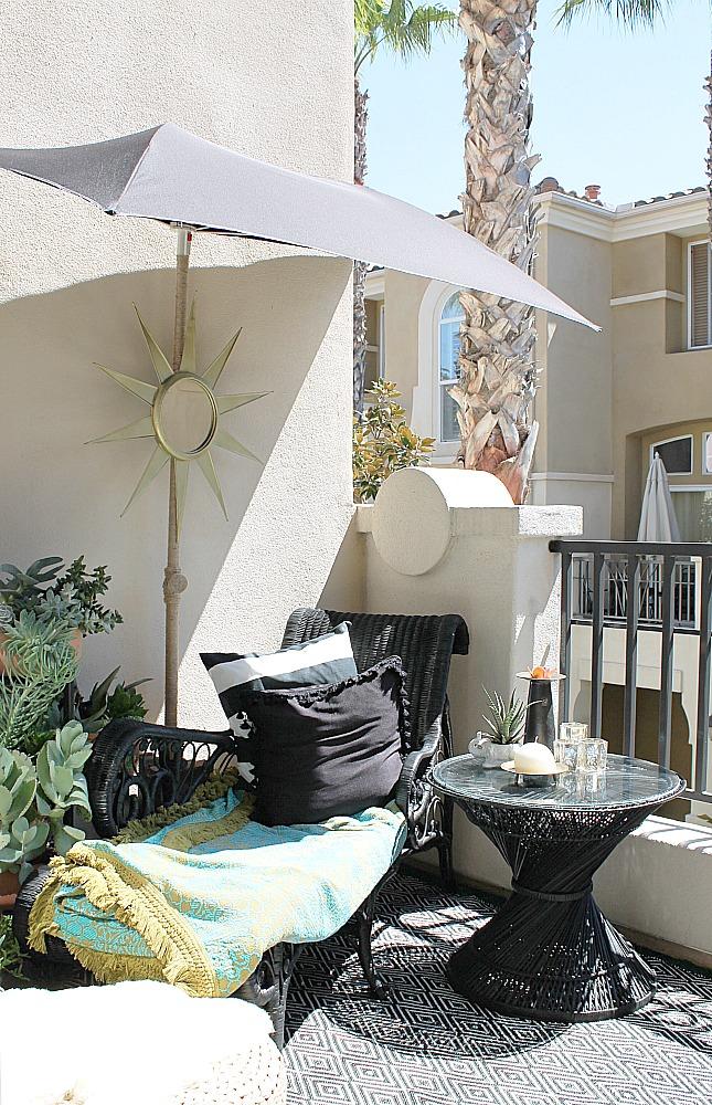 mid century bohemian small patio
