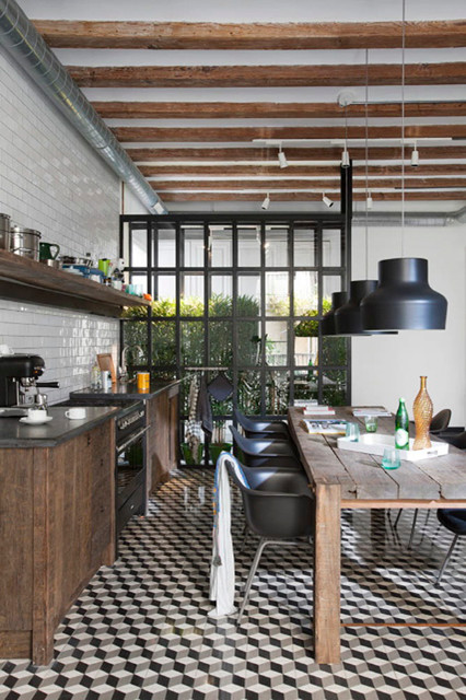 Impressive Industrial Kitchens With Stunning Interior Designs