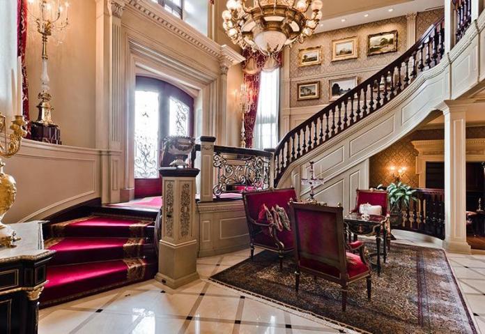 Luxury Foyer Decorating And Design Ideas (13)