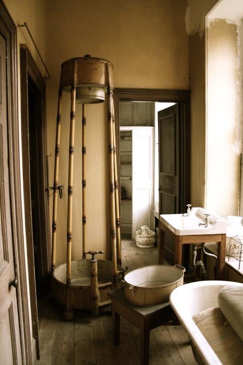 Rustic Bathroom Design inspiration