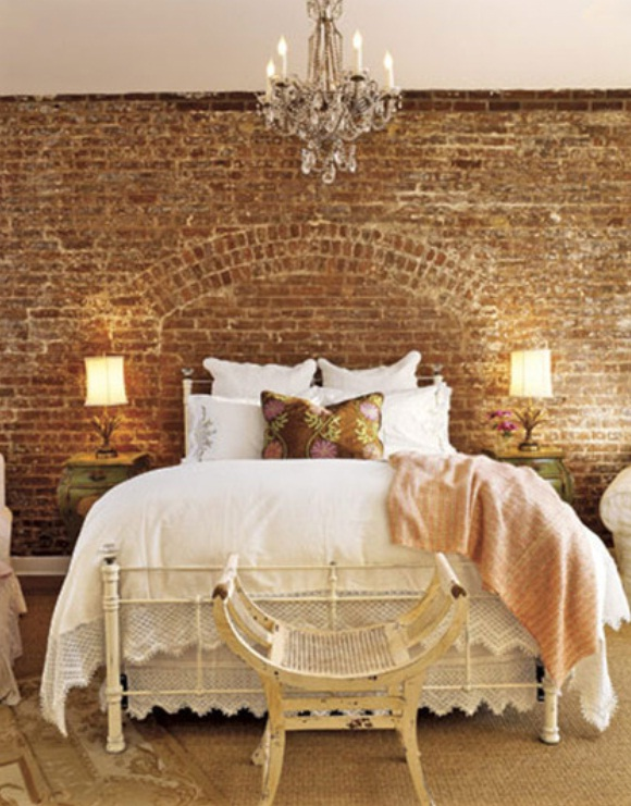 Country-Bedroom-Design-Ideas-with-Rustic-and-Neutral-Touch