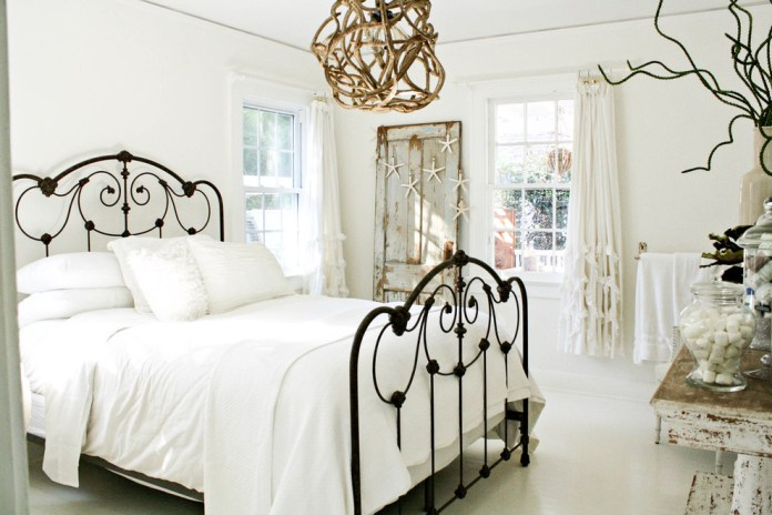 Eclectic design ideas for Anthropologie White Bedding Decor Ideas