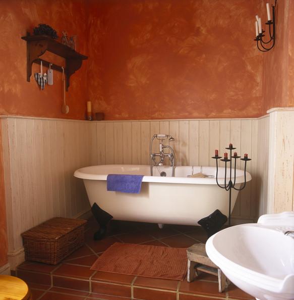 Mediterranean Bath Design Clawfoot Tub