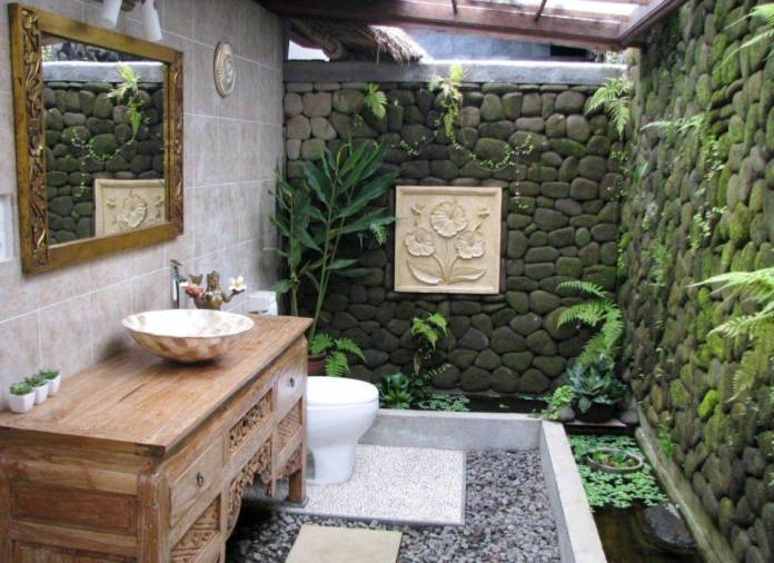 Small Tropical Bathroom Ideas