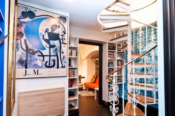 loft-eclectic-basement-hallway