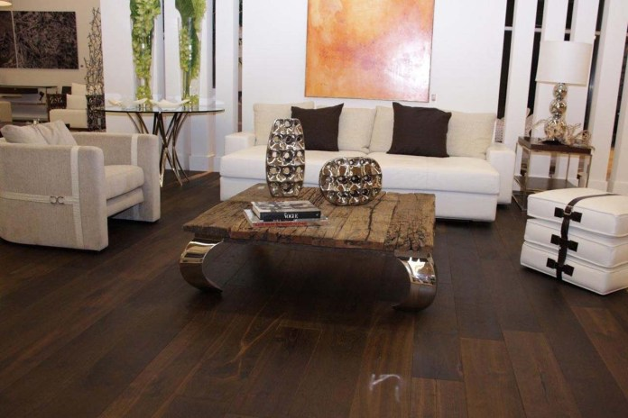 Rustic Semi Gloss Hardwood Flooring With Unique Center Table