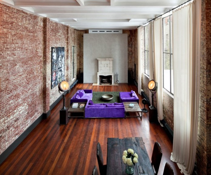Living Room With Exposed Brick Wall (25)