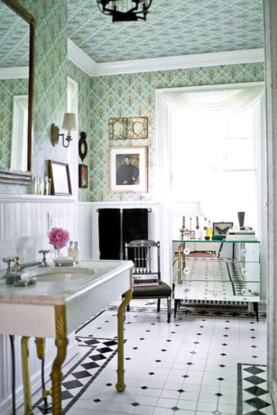 vintage bathroom wallpaper