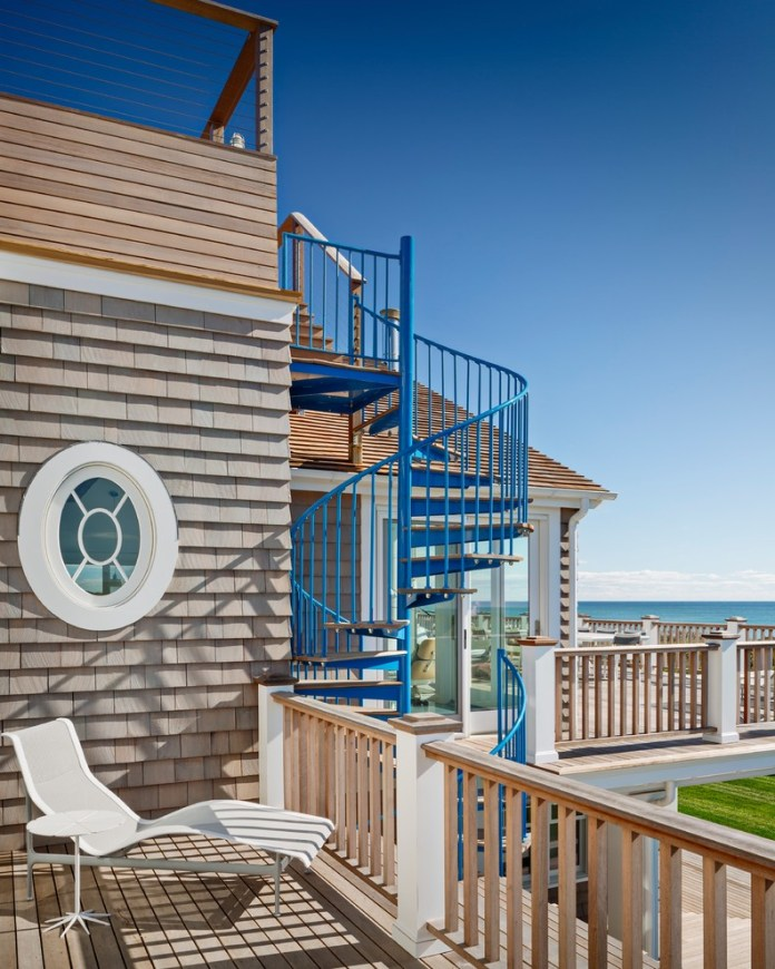 Beach Style Outdoor Design