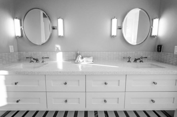 Contemporary Bathroom8