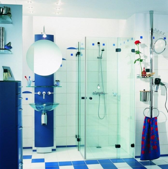 Tiny Bathroom WIth Transparent Glass Shower