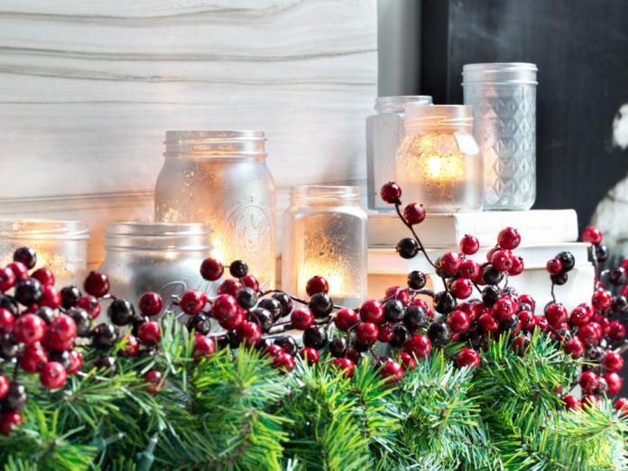 mason-jar-christmas-decoration