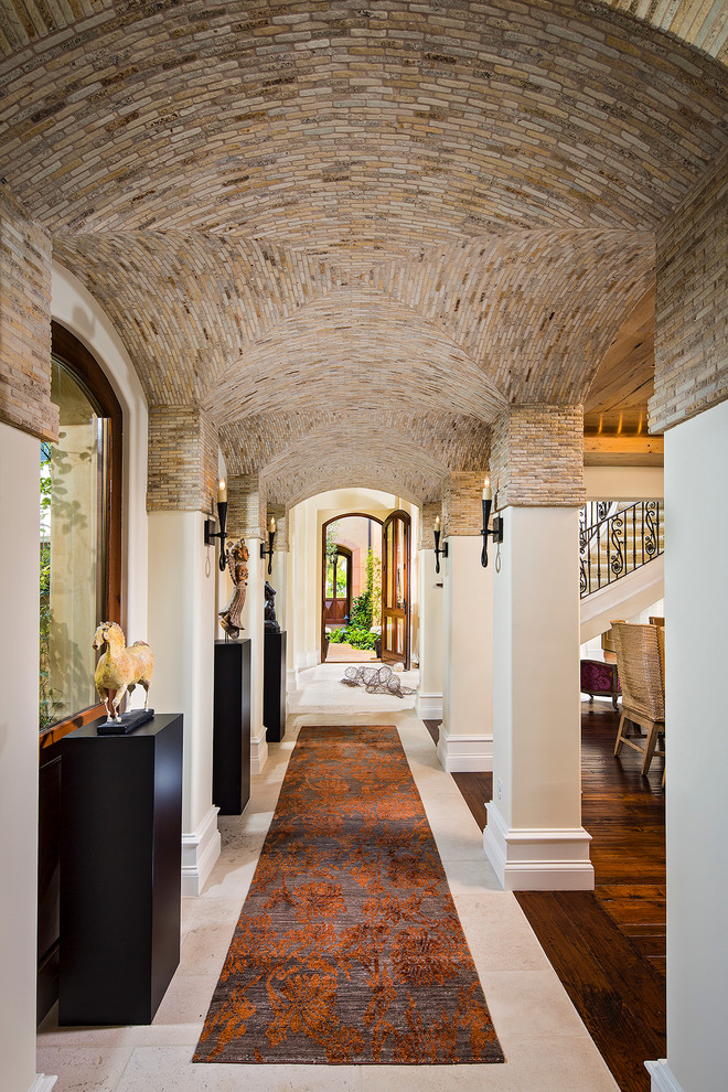 mediterranean-hallway-design