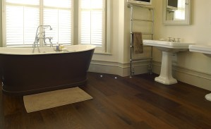 15 Stunning Bathroom With Hardwood Flooring