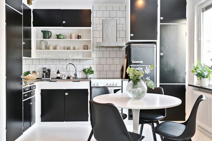 Midcentury L-Shaped Kitchen