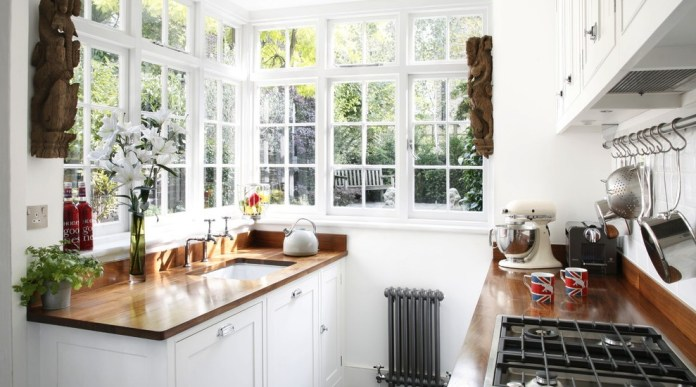 Traditional Small Kitchen Design