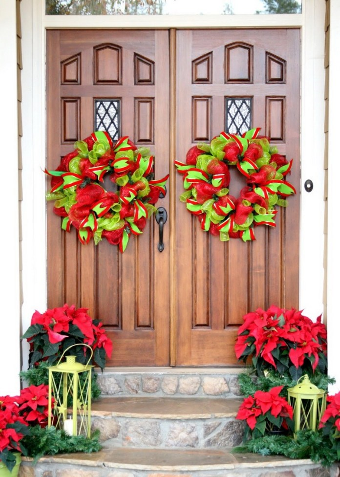 Ribbon Wreaths DIY Christmas Front Door Decor dwellingdecor