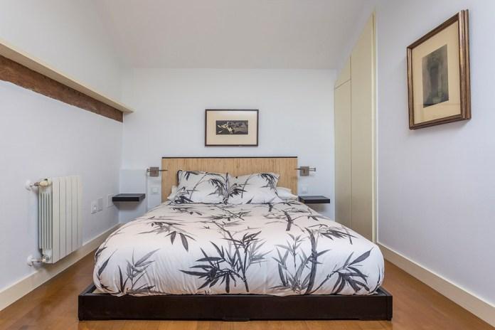 Contemporary Platform Bed (19)