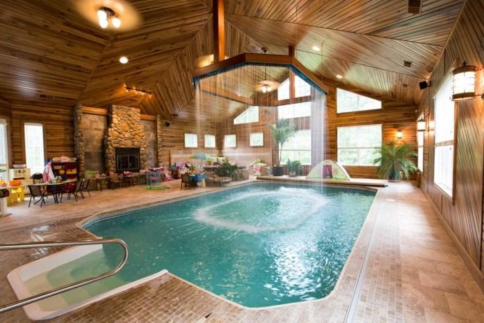 Pool Waterfall Ideas (31)