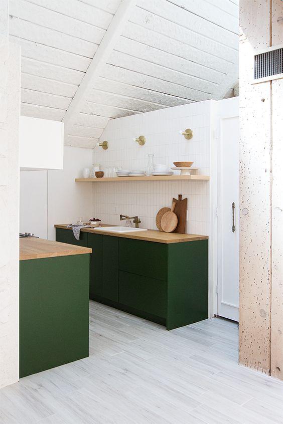Minimalist kitchen in green