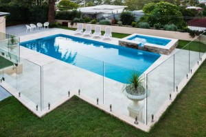 Your Informative Guide to Swimming Pool Fencing
