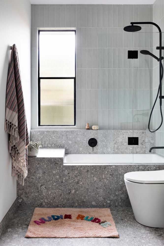 Granilite for the small bathtub.