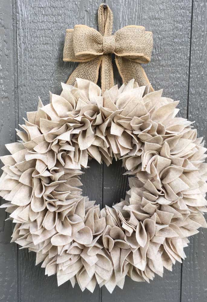 44. And how about a single-colored wreath