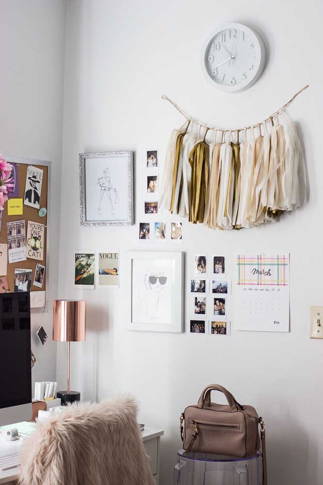 49. You don't have to make a huge photo panel to have your best memories around.