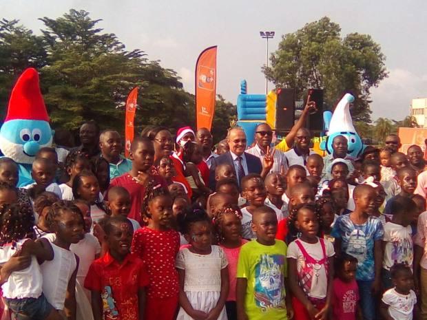 Un arbre de Noël pour les enfants des agents de Gabon Télécom