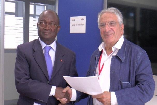 Paul Biyoghe Mba et Dr Xavier Emmanuelli